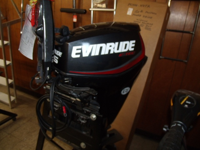 2017/2018 Evinrude E-TEC 60 HP Model E60DGTLAG